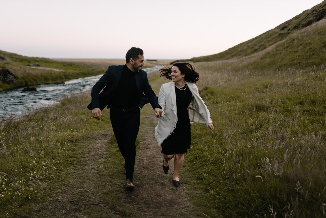 063 engagement session iceland intimate session in mountians