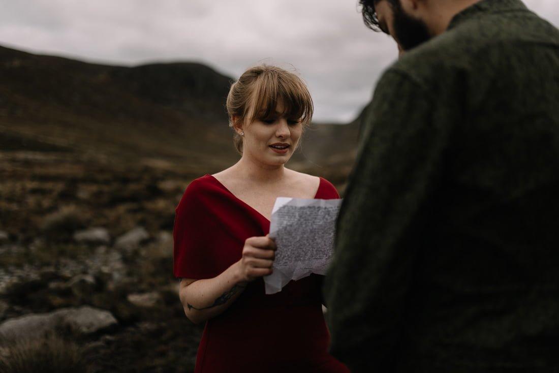 052 northern ireland wedding photographer mourne mountains elopement