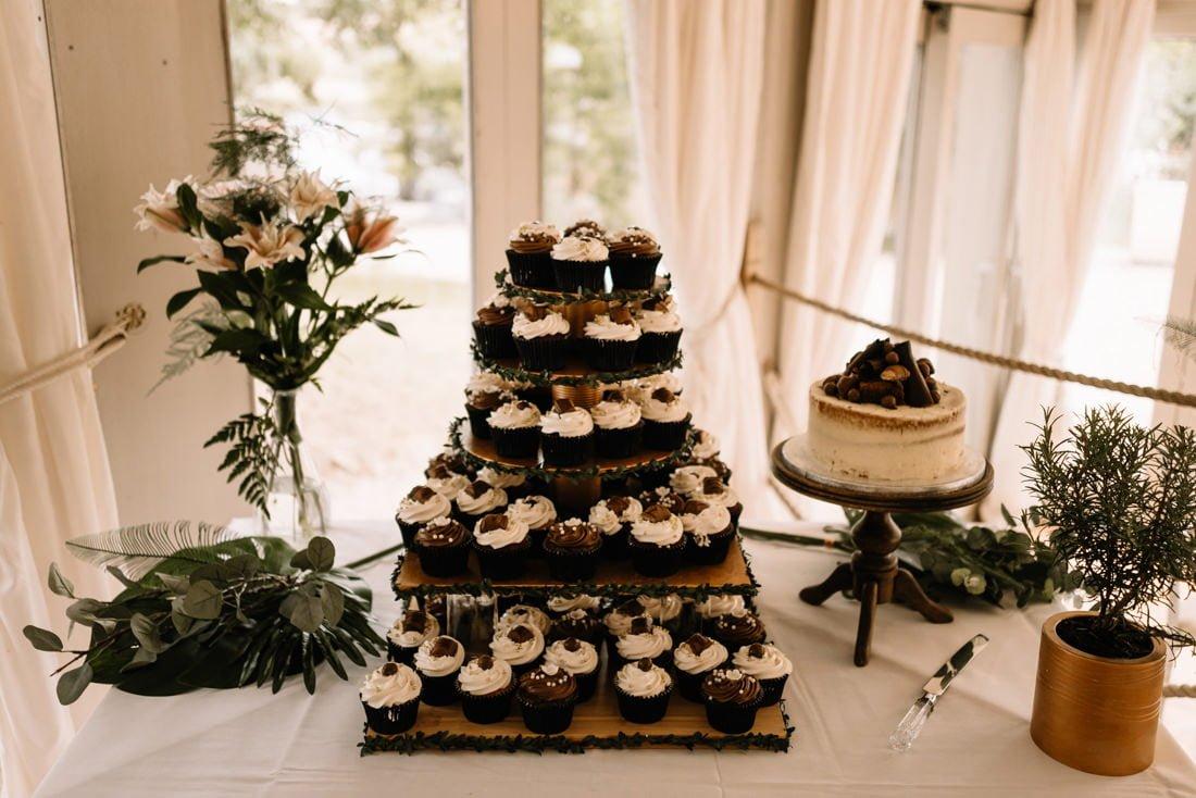 200 summer wedding at the millhouse slane wedding photorapher ireland