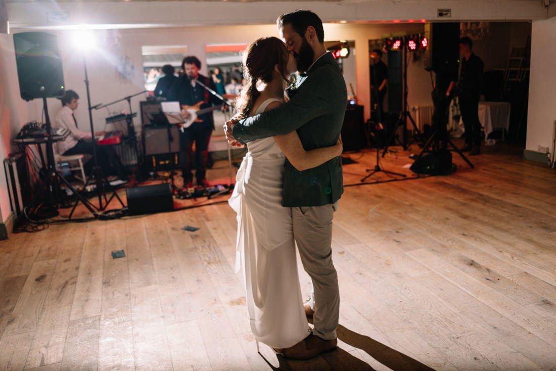 250 summer wedding at the millhouse slane wedding photorapher ireland