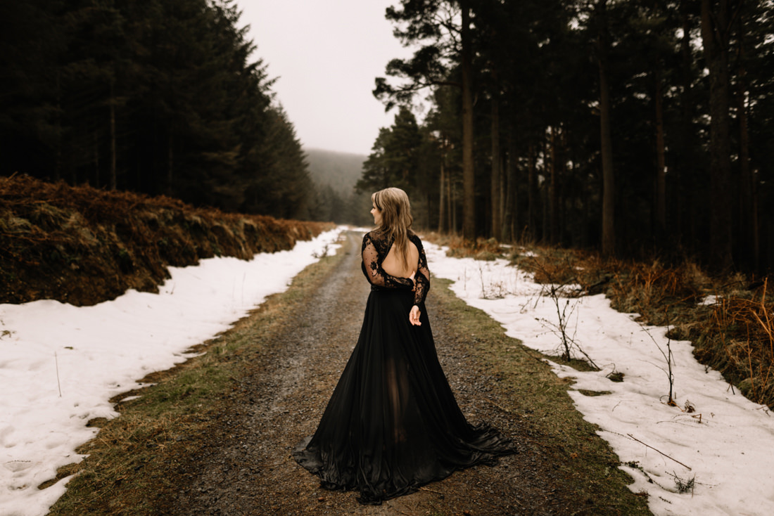 063 a snowy winter anniversary session in wicklow mountains wedding photographer dublin
