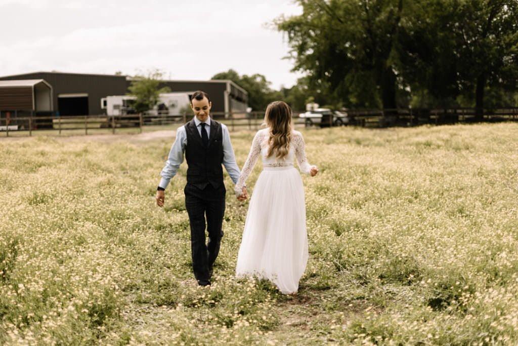 005 big sky barn wedding photographer mongomery texas