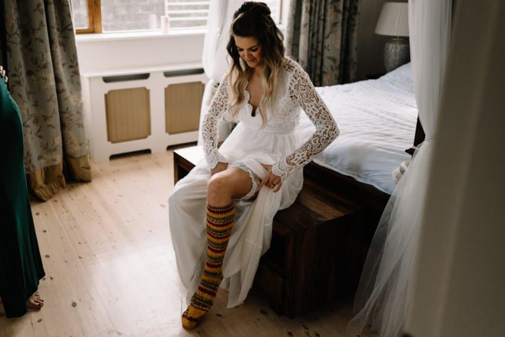 024 cliffs of moher elopement wedding photographer doolin