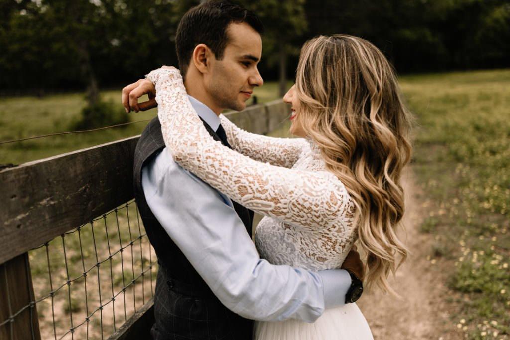 041 big sky barn wedding photographer mongomery texas