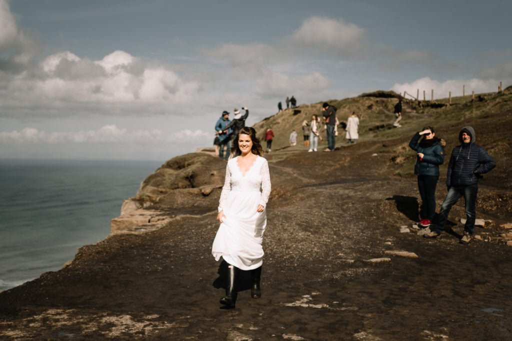 047 cliffs of moher elopement wedding photographer doolin