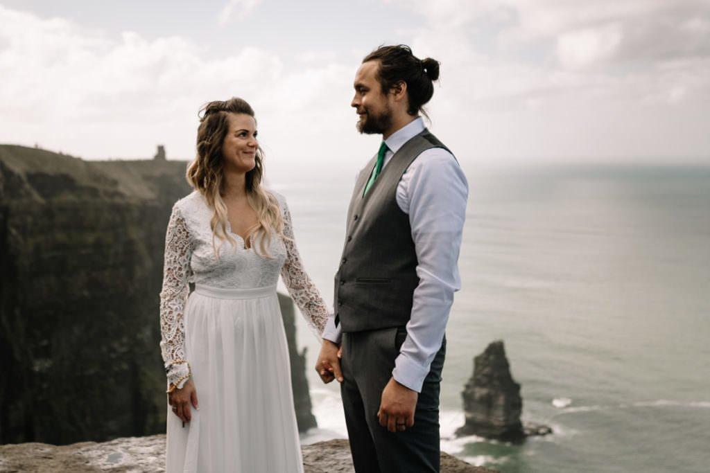 051 cliffs of moher elopement wedding photographer doolin