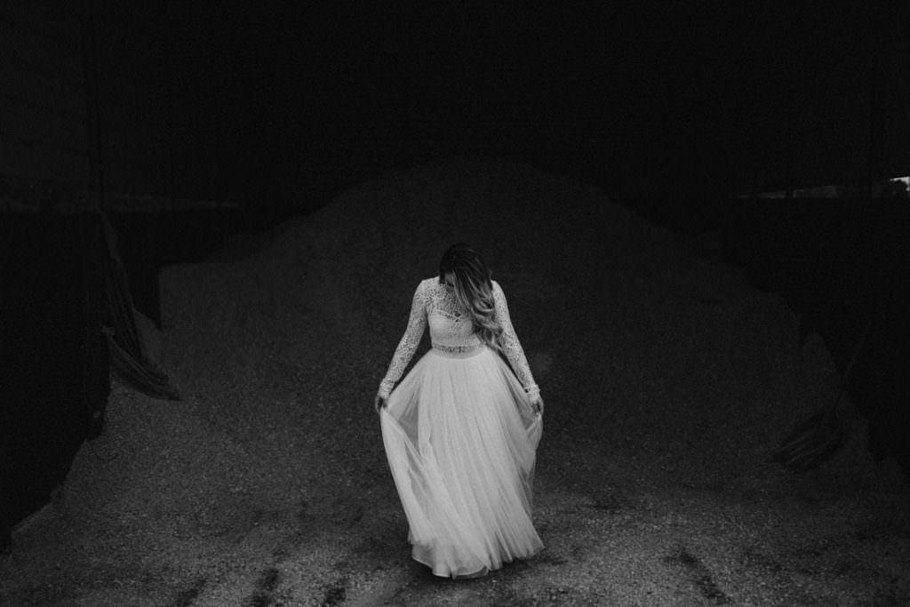 052 big sky barn wedding photographer mongomery texas