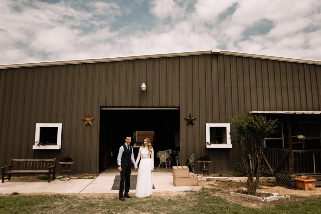 057 big sky barn wedding photographer mongomery texas