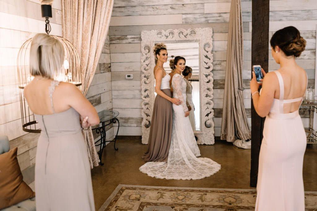 059 big sky barn wedding photographer mongomery texas