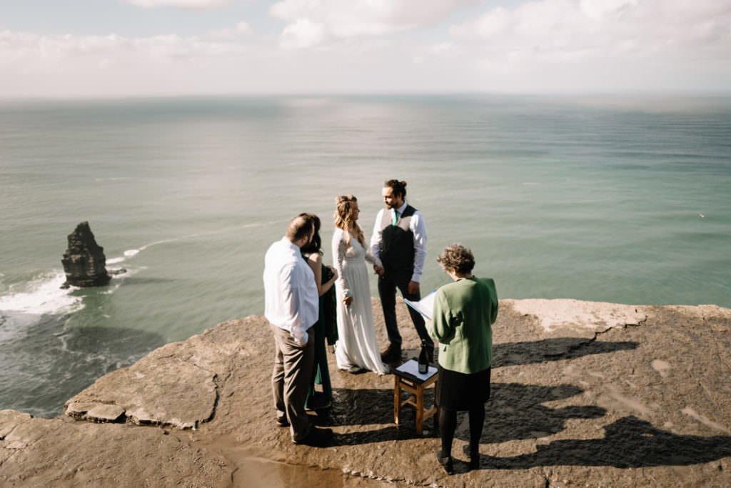 059 cliffs of moher elopement wedding photographer doolin