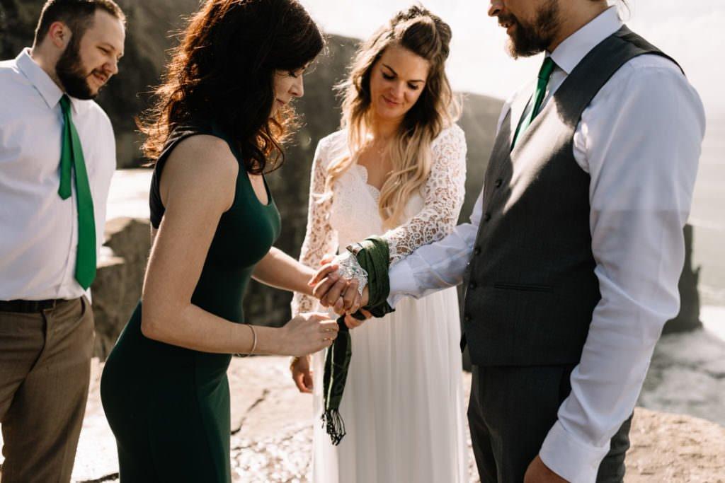 061 cliffs of moher elopement wedding photographer doolin
