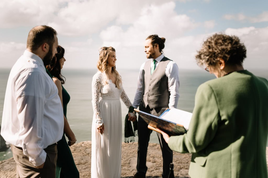 062 cliffs of moher elopement wedding photographer doolin