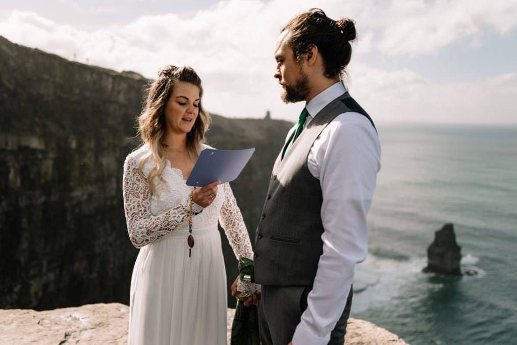 067 cliffs of moher elopement wedding photographer doolin