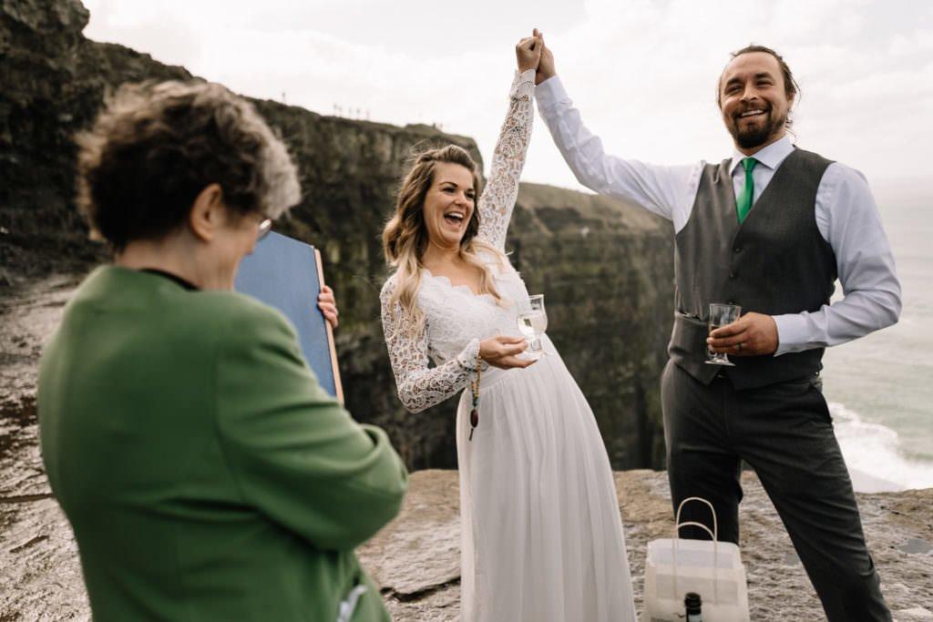 079 cliffs of moher elopement wedding photographer doolin