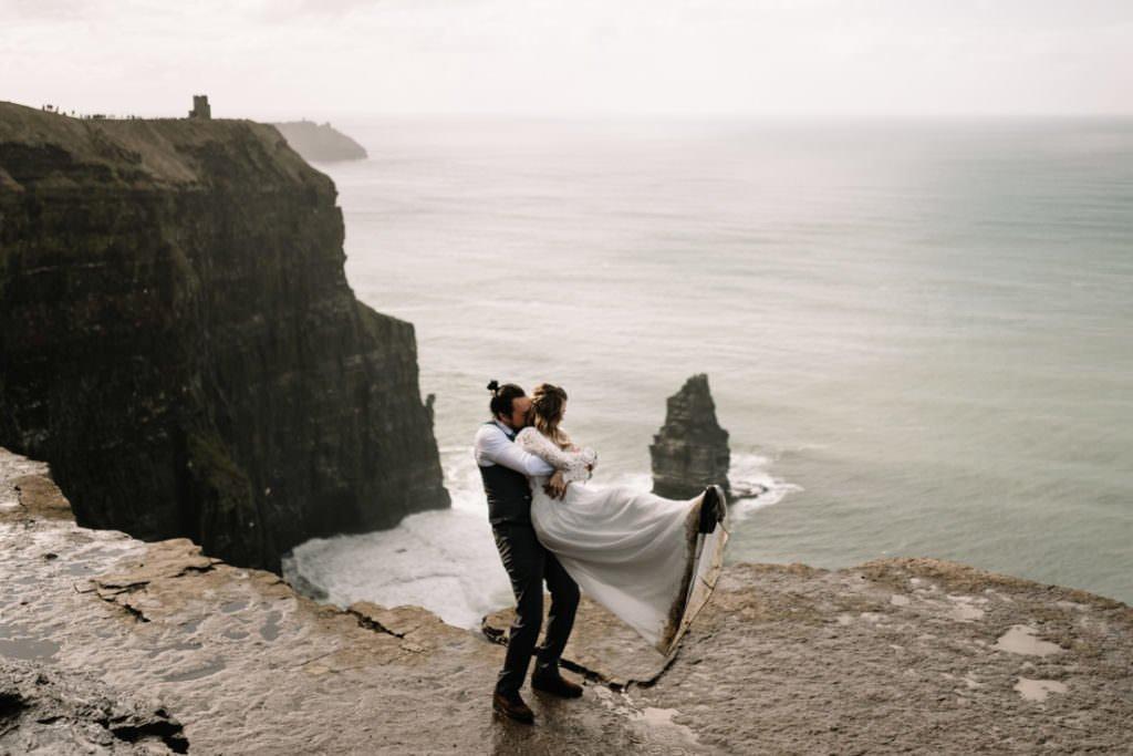 085 cliffs of moher elopement wedding photographer doolin