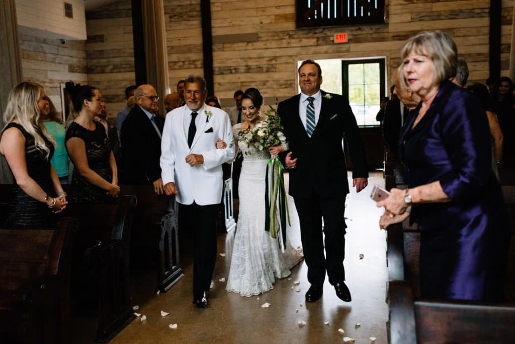 091 big sky barn wedding photographer mongomery texas