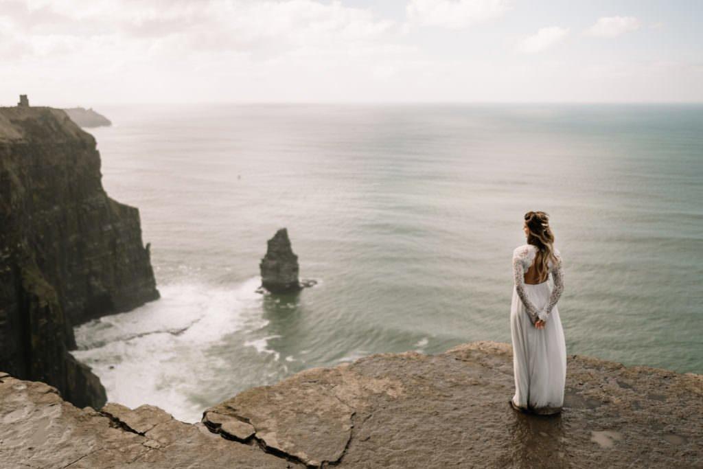 094 cliffs of moher elopement wedding photographer doolin