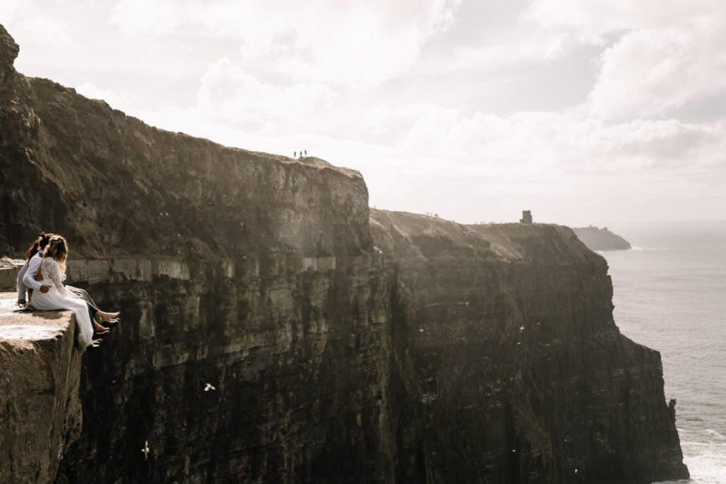 101 cliffs of moher elopement wedding photographer doolin
