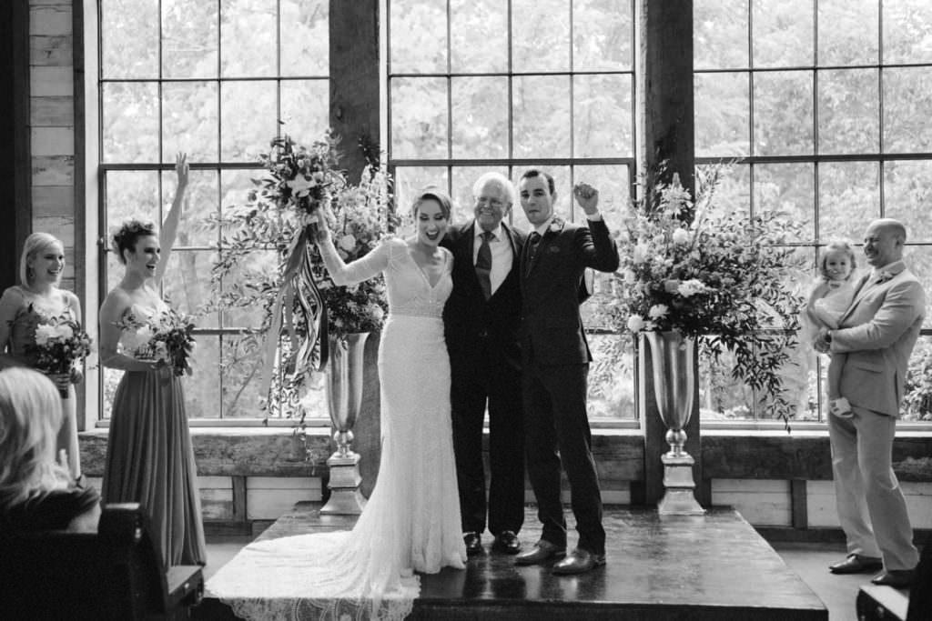 102 big sky barn wedding photographer mongomery texas