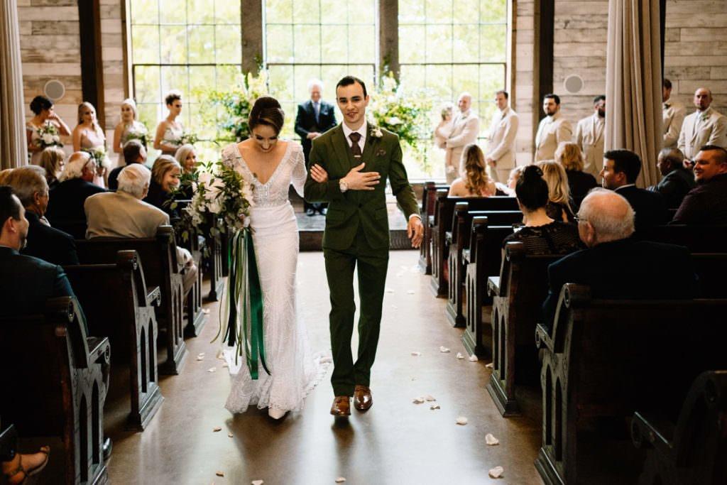 103 big sky barn wedding photographer mongomery texas