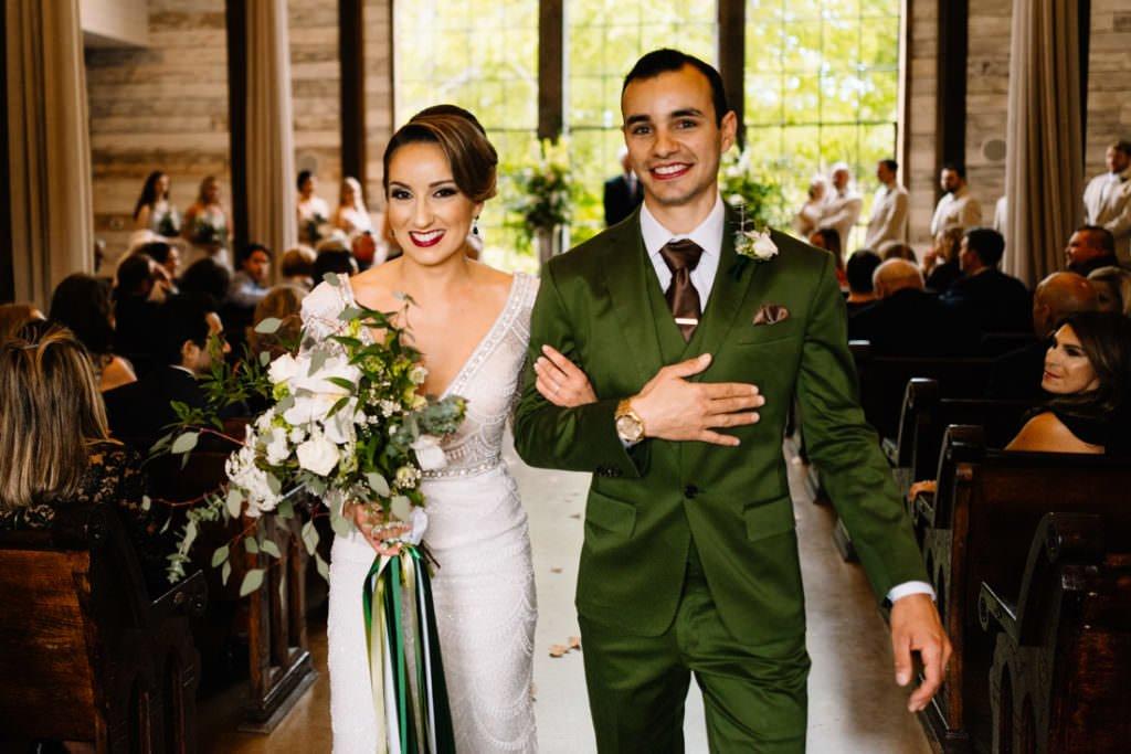 104 big sky barn wedding photographer mongomery texas
