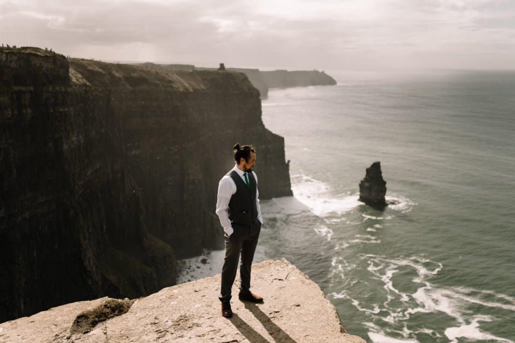 108 cliffs of moher elopement wedding photographer doolin