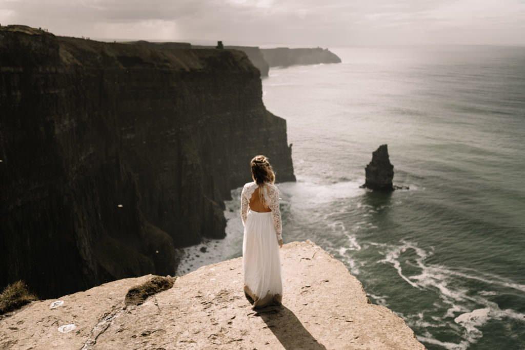 109 cliffs of moher elopement wedding photographer doolin