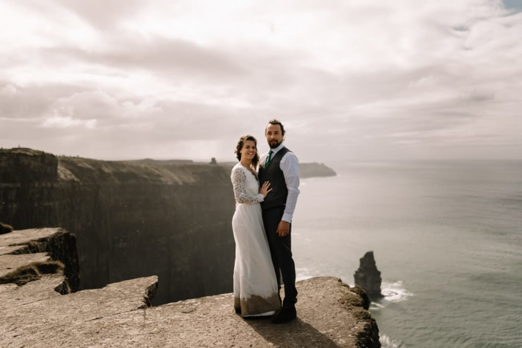 113 cliffs of moher elopement wedding photographer doolin