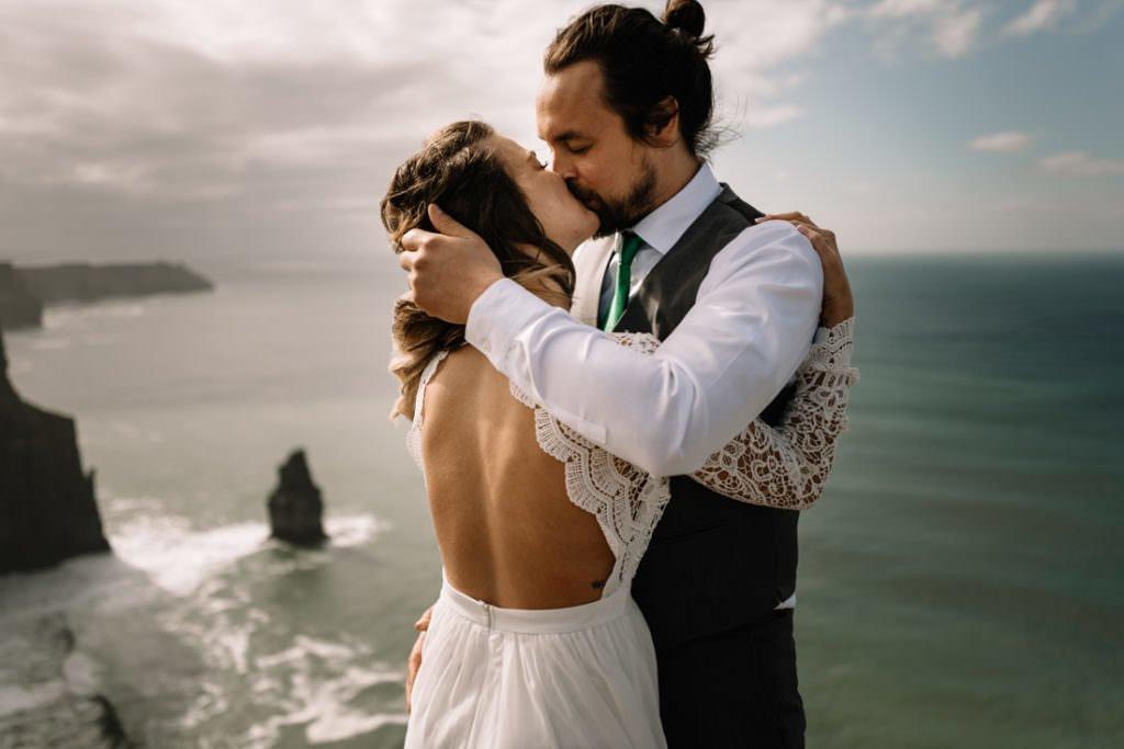 115 cliffs of moher elopement wedding photographer doolin