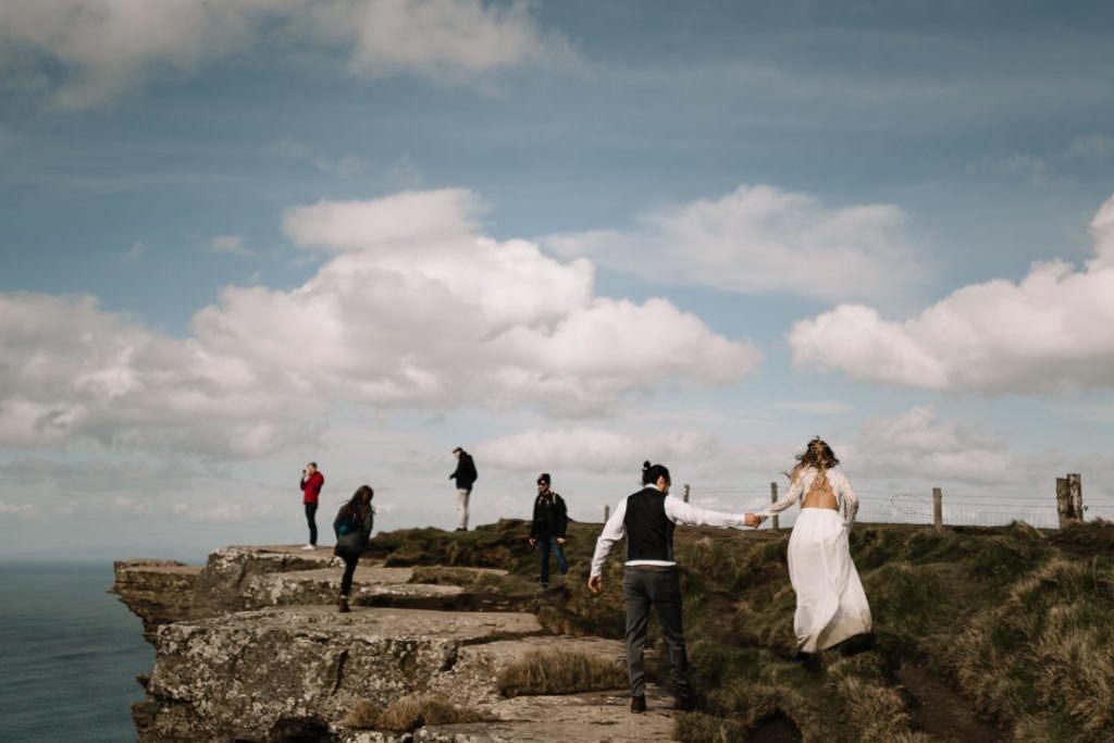 118 cliffs of moher elopement wedding photographer doolin