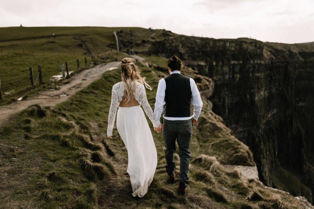 121 cliffs of moher elopement wedding photographer doolin