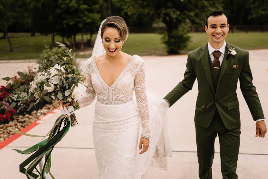 122 big sky barn wedding photographer mongomery texas