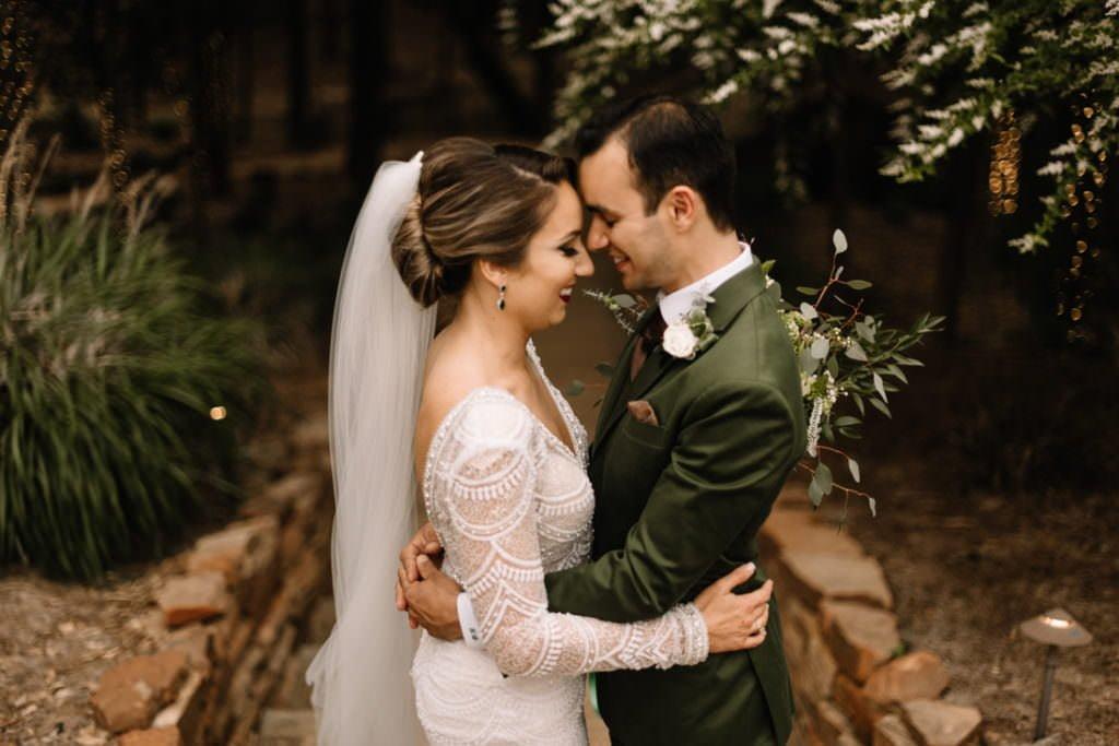 124 big sky barn wedding photographer mongomery texas