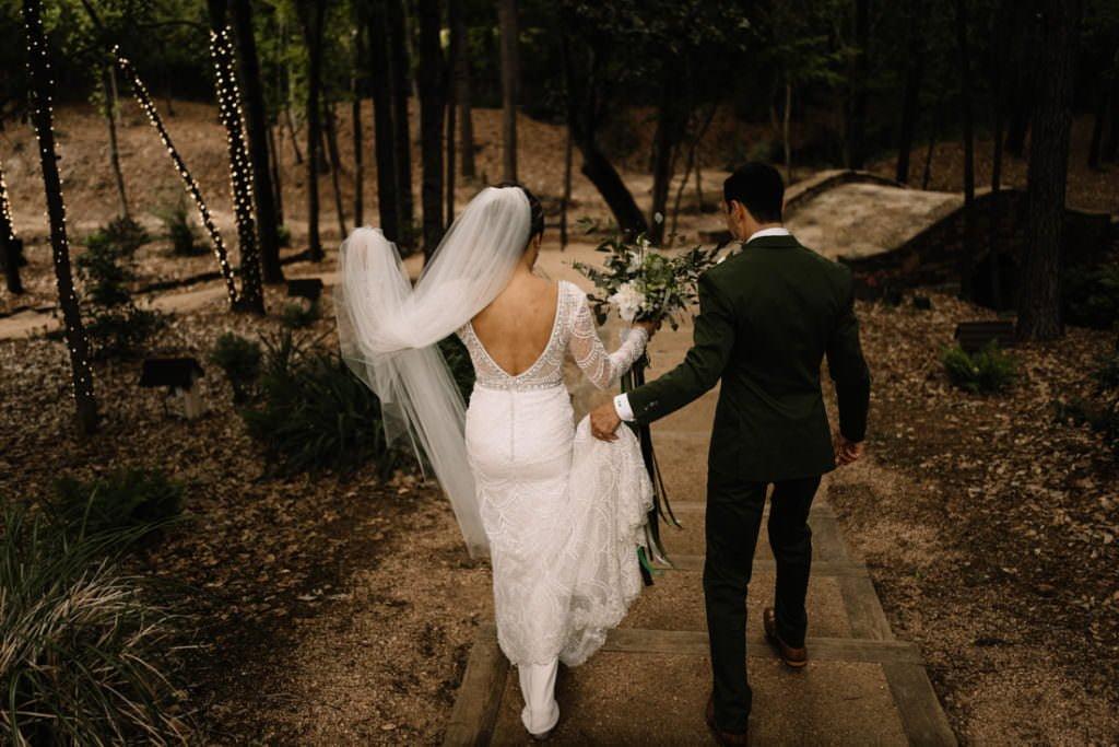 126 big sky barn wedding photographer mongomery texas