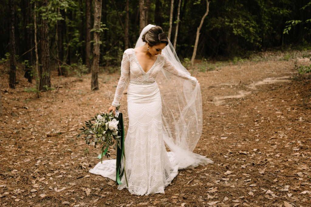 129 big sky barn wedding photographer mongomery texas