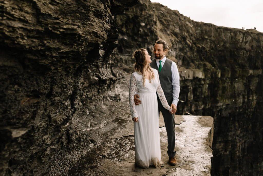 129 cliffs of moher elopement wedding photographer doolin