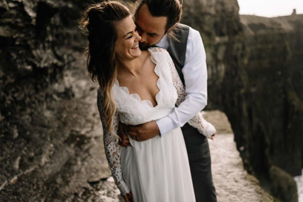 130 cliffs of moher elopement wedding photographer doolin