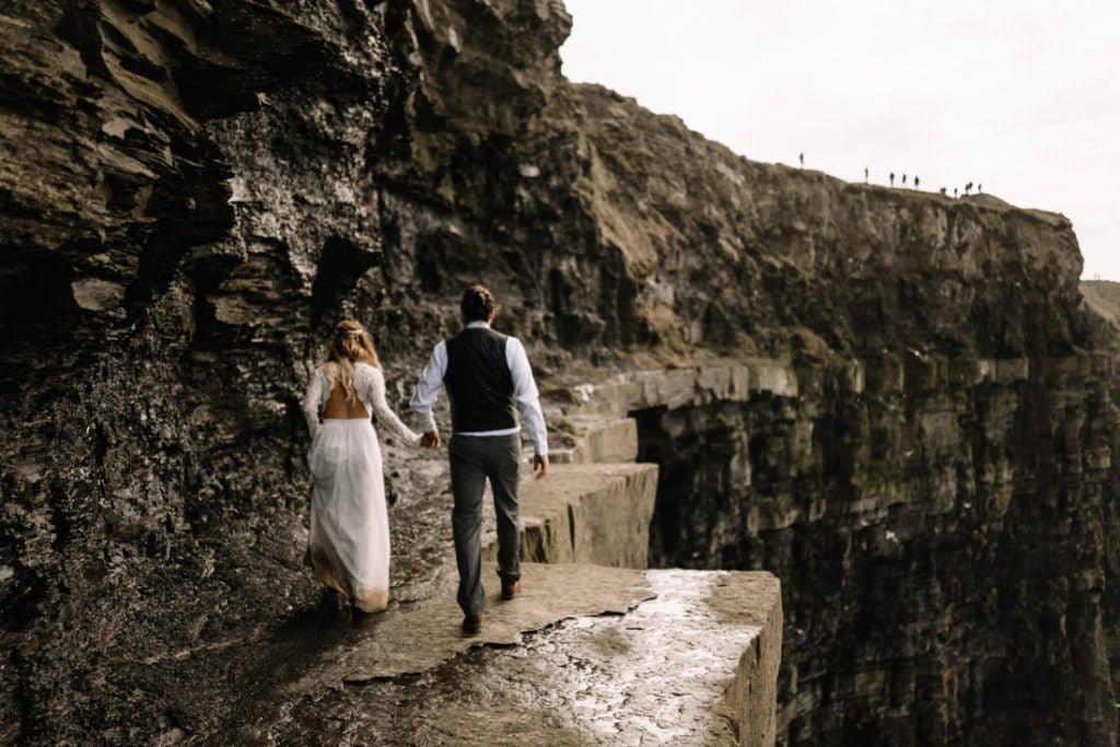 131 cliffs of moher elopement wedding photographer doolin