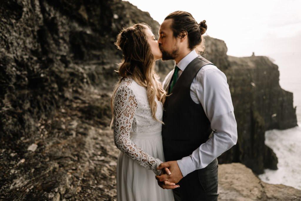 134 cliffs of moher elopement wedding photographer doolin