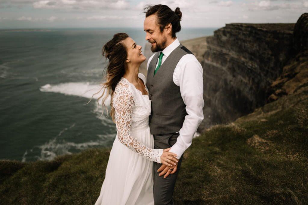 138 cliffs of moher elopement wedding photographer doolin