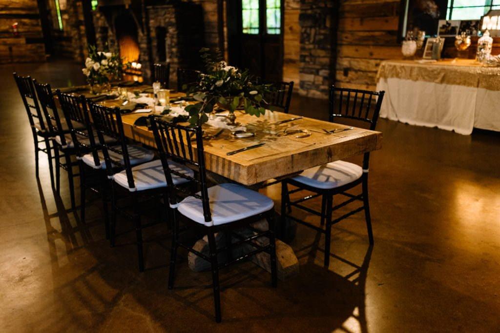 148 big sky barn wedding photographer mongomery texas