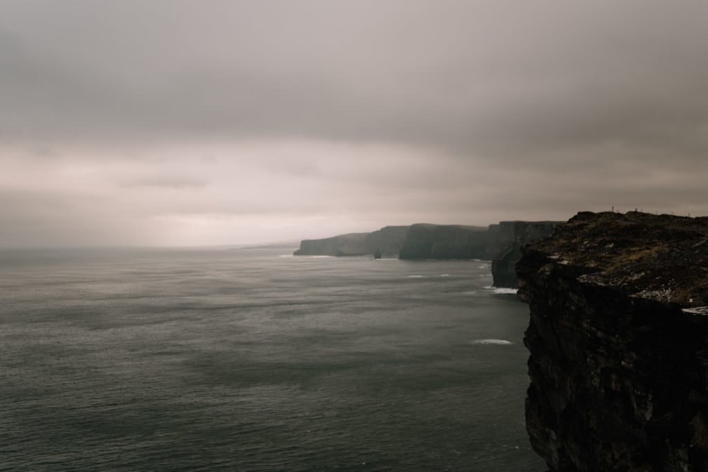 149 elope to ireland wedding photographer cliffs of moher