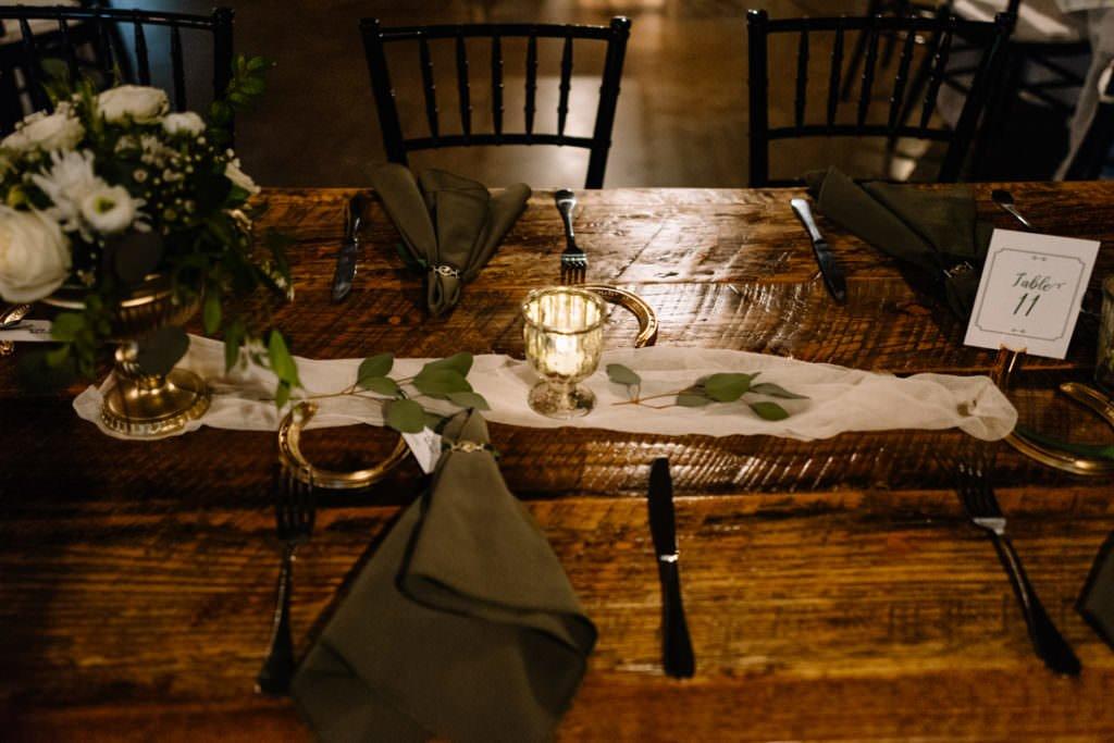 152 big sky barn wedding photographer mongomery texas