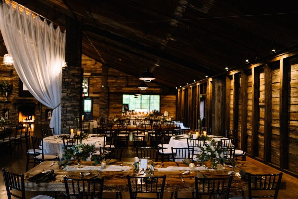 154 big sky barn wedding photographer mongomery texas