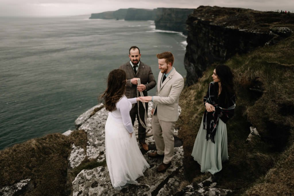 156 elope to ireland wedding photographer cliffs of moher
