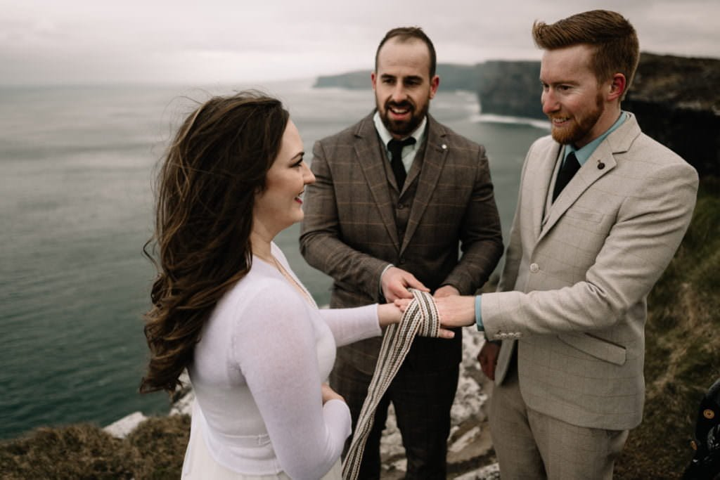 159 elope to ireland wedding photographer cliffs of moher