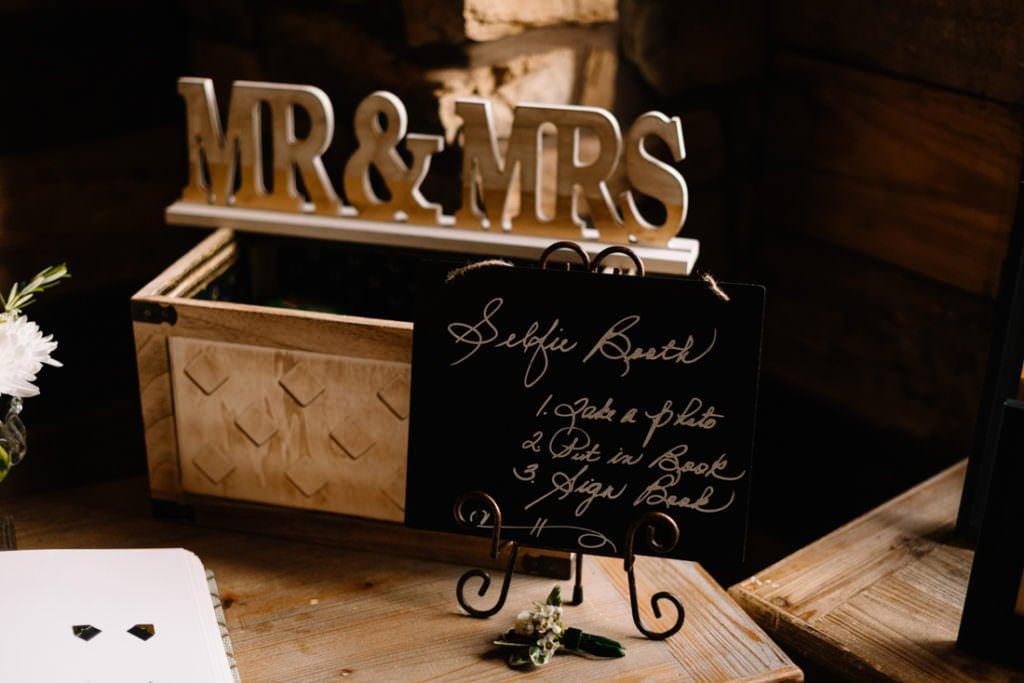 162 big sky barn wedding photographer mongomery texas