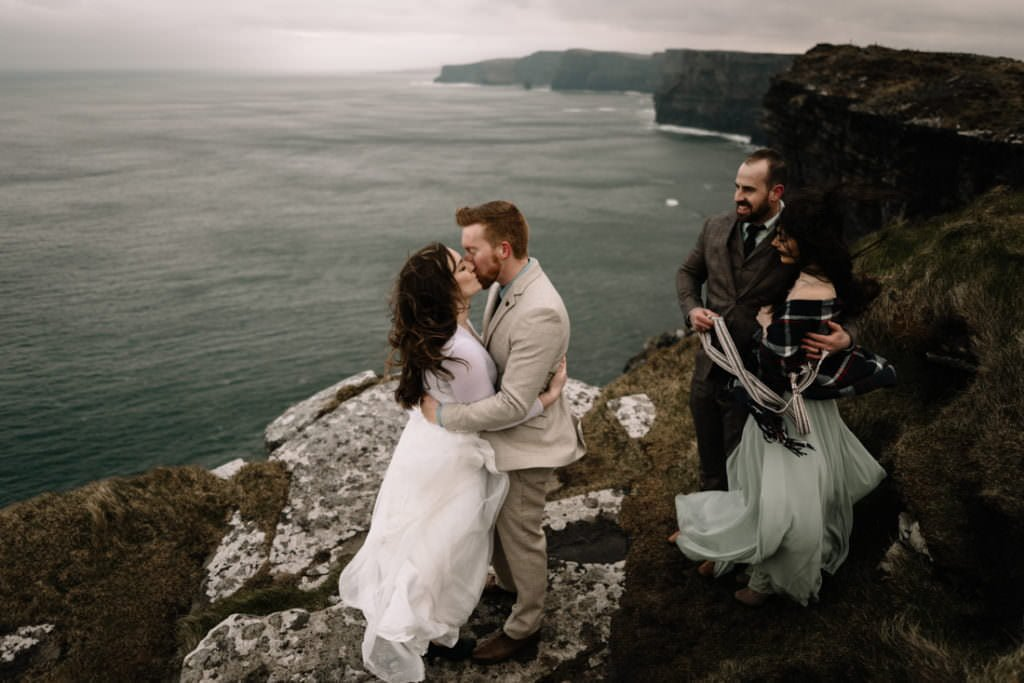 162 elope to ireland wedding photographer cliffs of moher