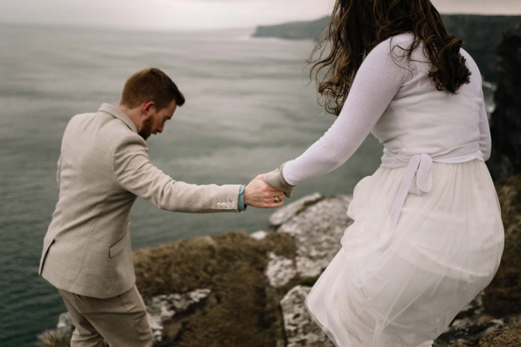163 elope to ireland wedding photographer cliffs of moher