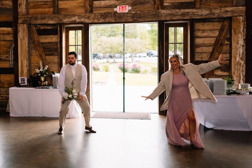165 big sky barn wedding photographer mongomery texas
